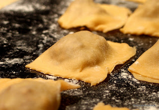 thehomefoodcook - ravioli - close up