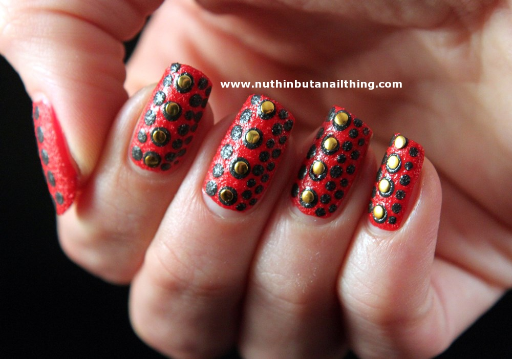 nuthin\' but a nail thing: Nail art with textured polishes, part 2...