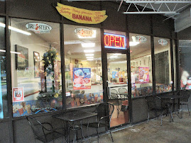Enjoy Indoor and Outdoor Seating at the Parkway Bruster's