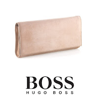 OSCAR DE LA RENTA Coat GİANVİTO ROSSİ Pumps HUGO BOSS Clutch Bag