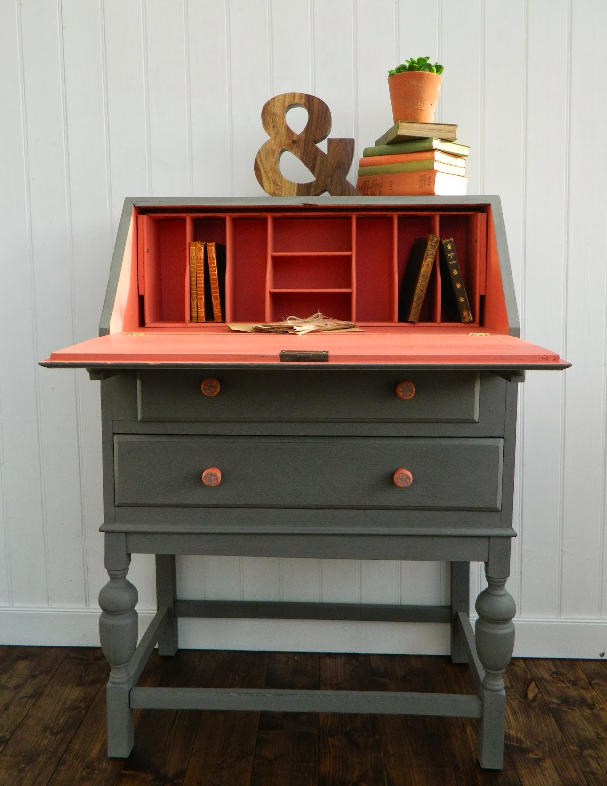 trophy bureau mmsmpcolorofthemonth miss mustard seeds milk paint. Black Bedroom Furniture Sets. Home Design Ideas