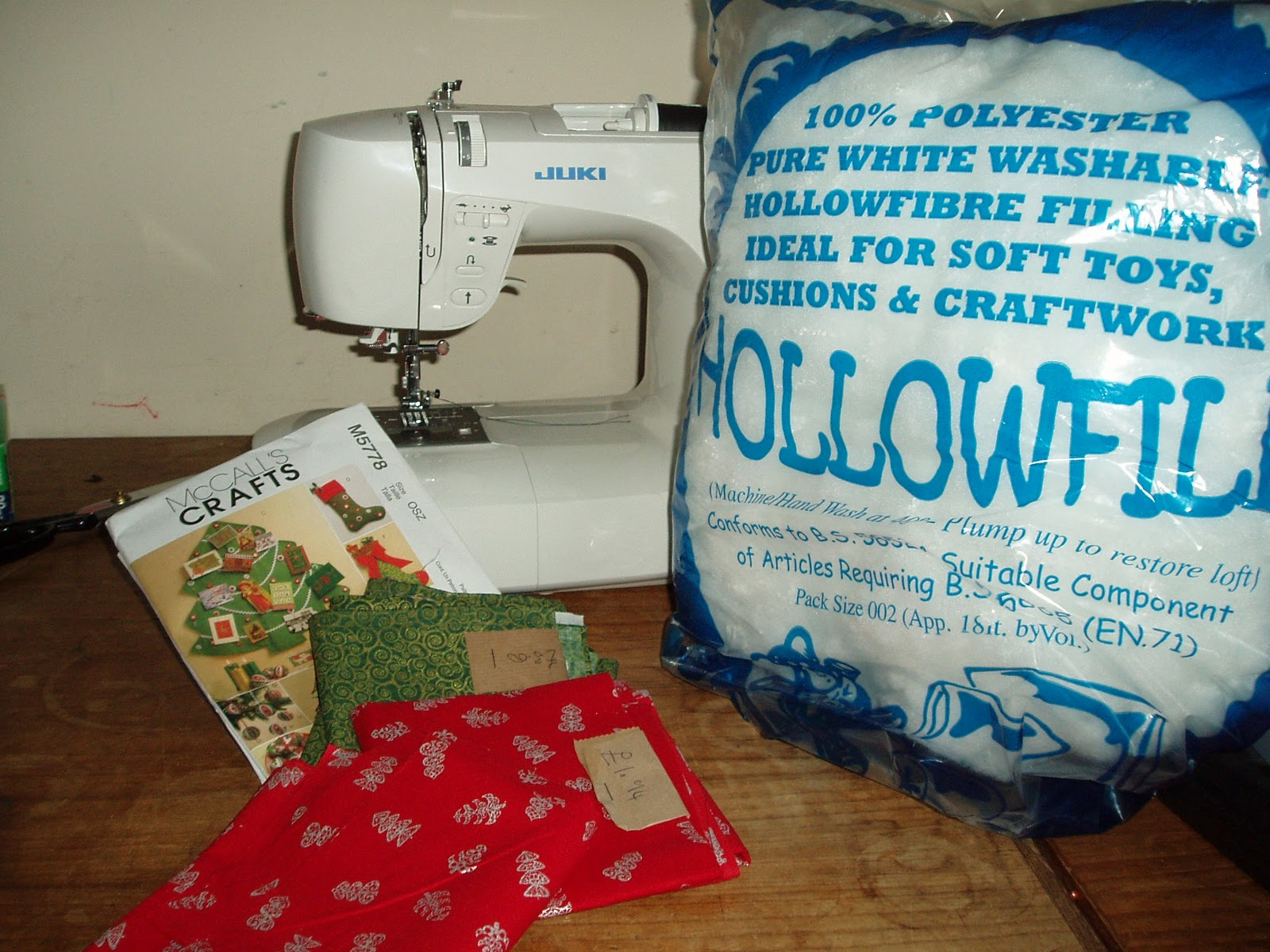 in the festive mood whilst sewing i decided to watch santa clause the movie which will also help me time how long it will take to make the decoration - Christmas Decorations To Make With Sewing Machine