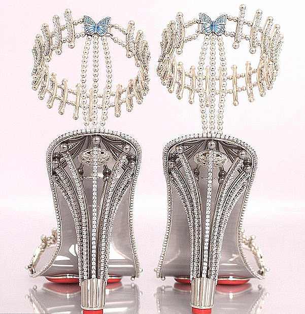 Beyoncé purchased shoes for 300 thousand dollars