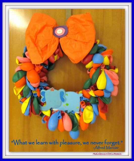 photo of: Elephant Wreath from Balloons via RainbowsWithinReach