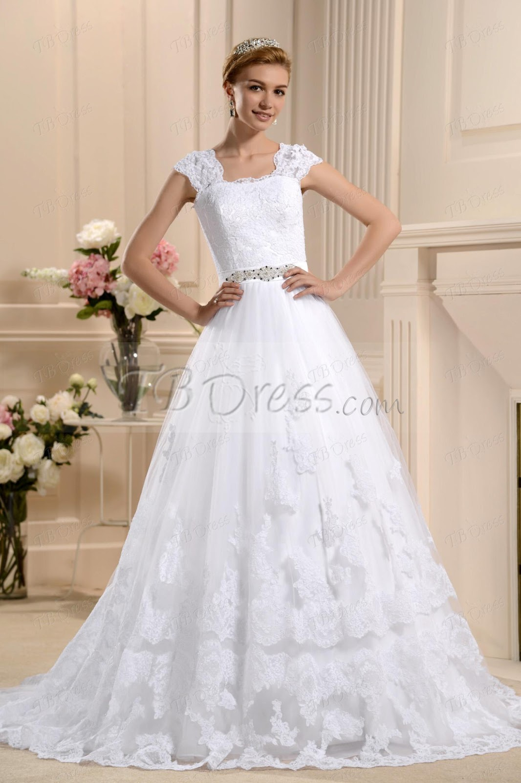 Weddings For Up To Four Weeks The Wedding Was Obviously We All Know A White Brocade Dress Long Sleeved Lady Beforehand Just An Alternative With As