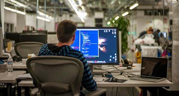 الكمبيوتر بالسجن,بوابة 2013 cdac5e41.jpg