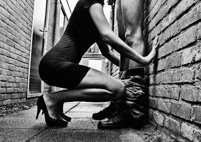 sexo oral en la calle