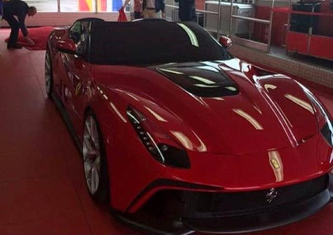 F12 TRS Transformation of Ferrari F12 Berlinetta