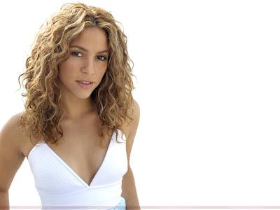Shakira Glamorous Wallpaper