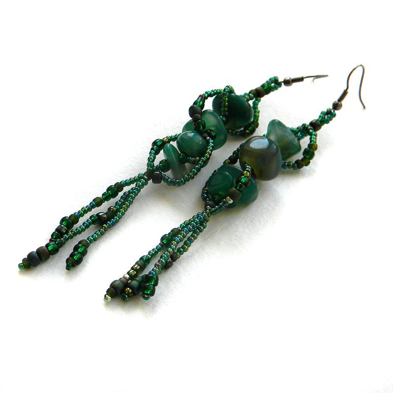 Длинные зелёные серьги с агатом