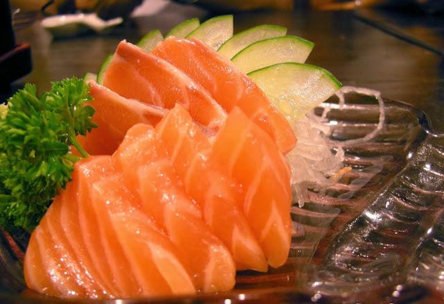 quan sushi - an sushi ngon - sushi ngon - an sashimi - sushi binh duong