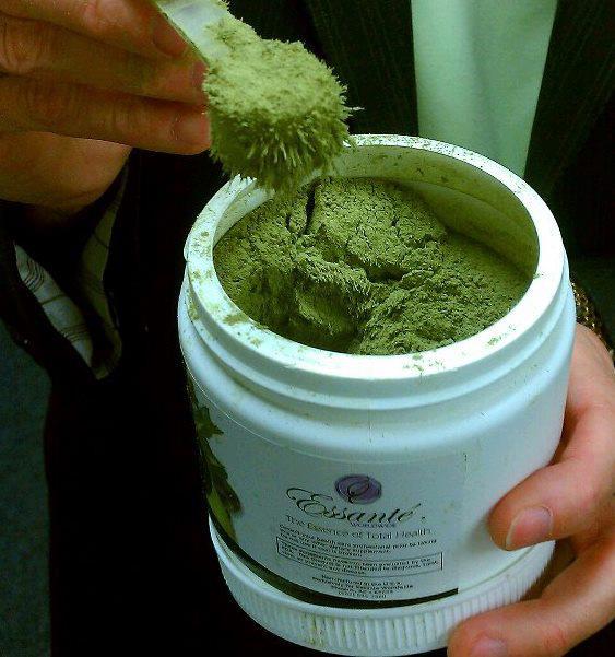 Essante Organics Greens Powder