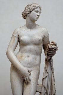 Venus de Gnido - Copia romana de un original griego de Praxíteles
