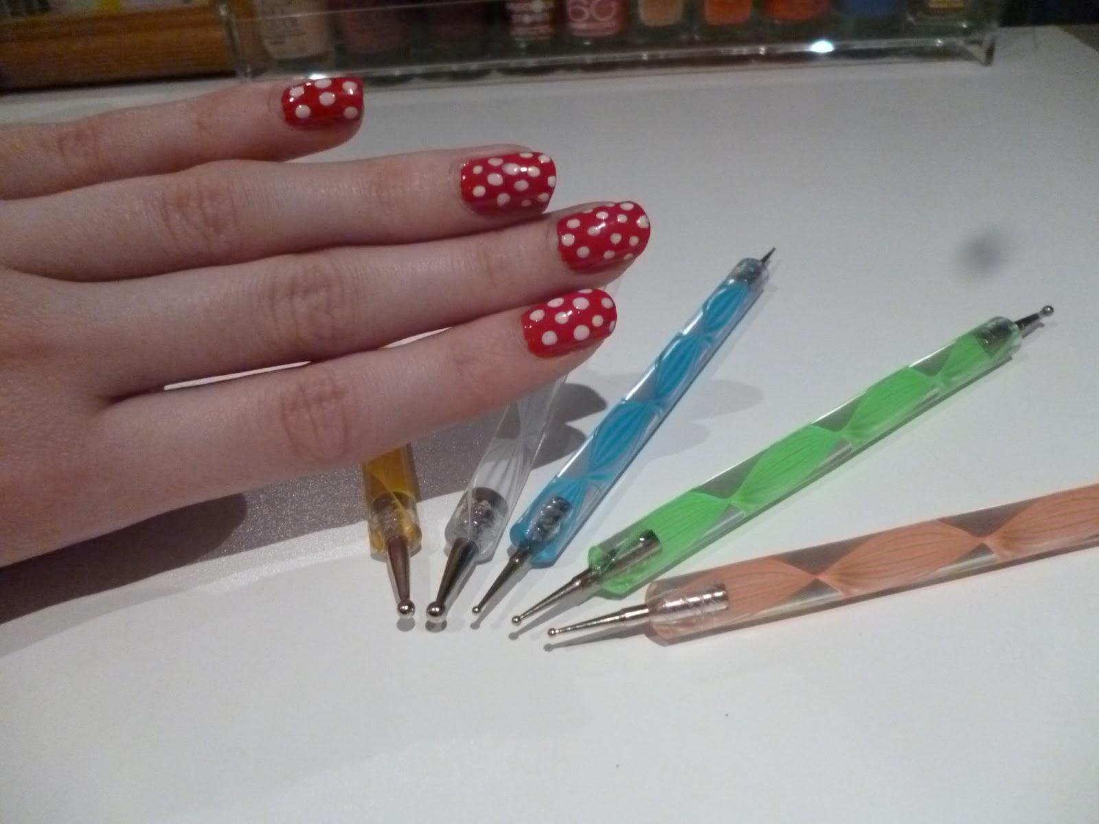 Как рисовать палочками для маникюра