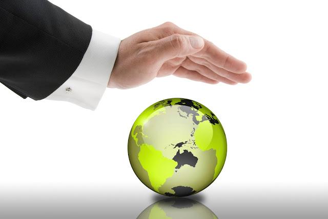 http://www.willnevergrowup.com/blog/wp-content/uploads/2013/08/corporate-social-responsibility.jpg?w=600