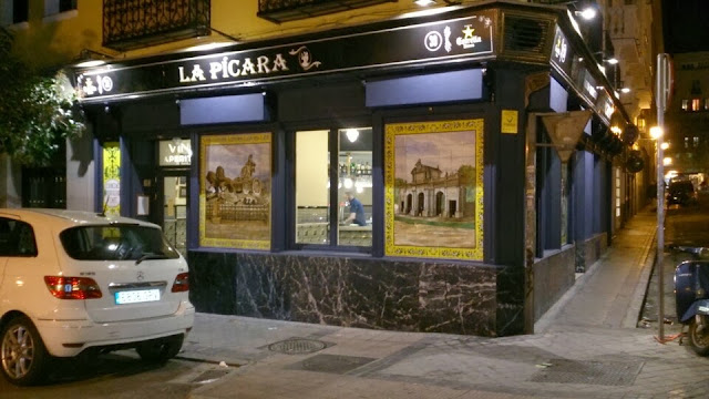 Fachada_Taberna La Picara