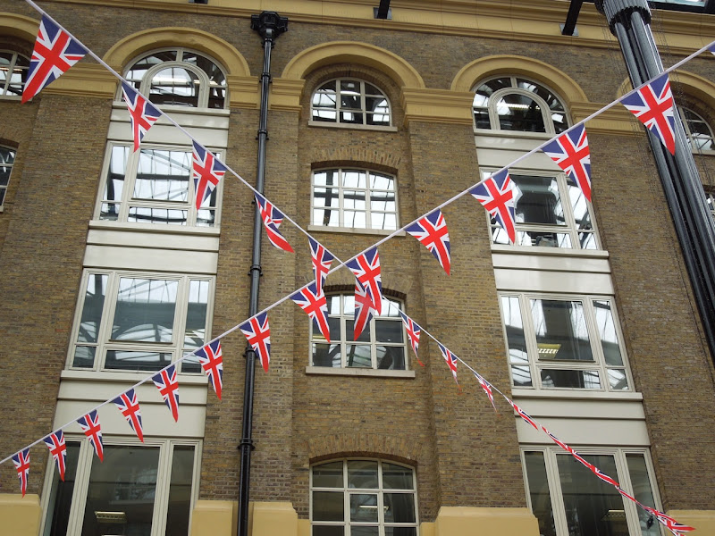 London Queen's Diamond Jubilee bunting