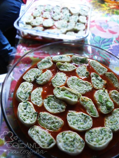 http://www.brisandonacozinha.com/2012/07/rondelli-de-brocolis-e-ricota-com-massa.html