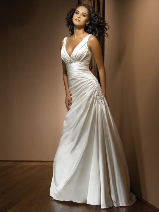 Bridal dresses uk basic necklines of the wedding dresses for V neck satin wedding dress