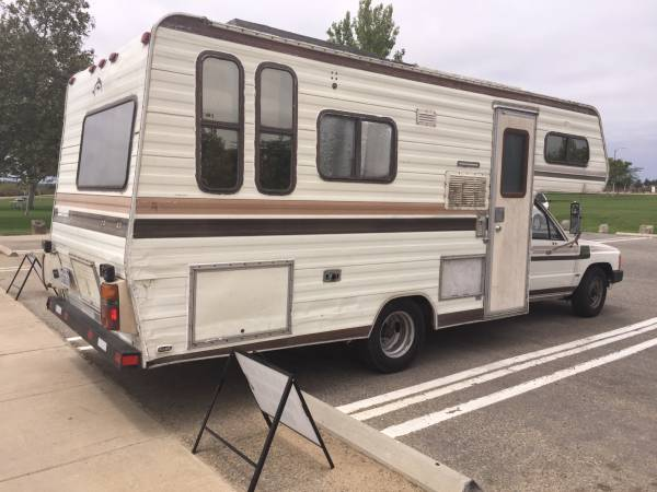 Used RVs 1994 Toyota Dolphin Motor Home For Sale by Owner