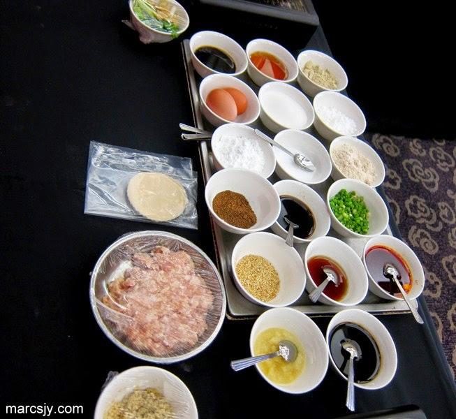 Introduction of Master Dim Sum Chef - Peng Yi Chun from Si Chuan Dou Hua Restaurant, Park Royal Hotel