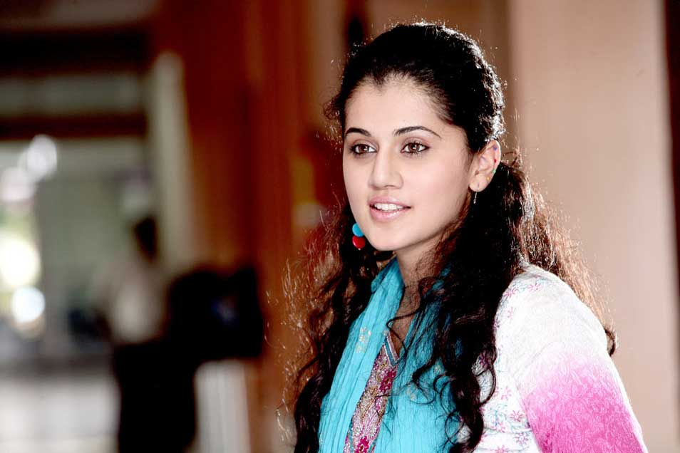 Tapsee Latest Stills