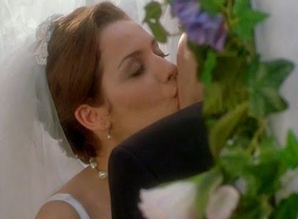 דיוויד שווימר ומילי אביטל, נשיקה בין חברים