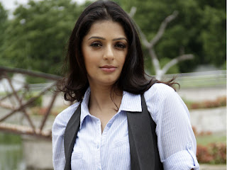 Bhumika Chawla Wallpapers Free Download