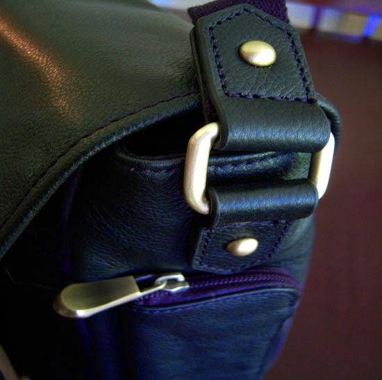 "Jill-e Designs Sasha 15"" Laptop Bag hardware"