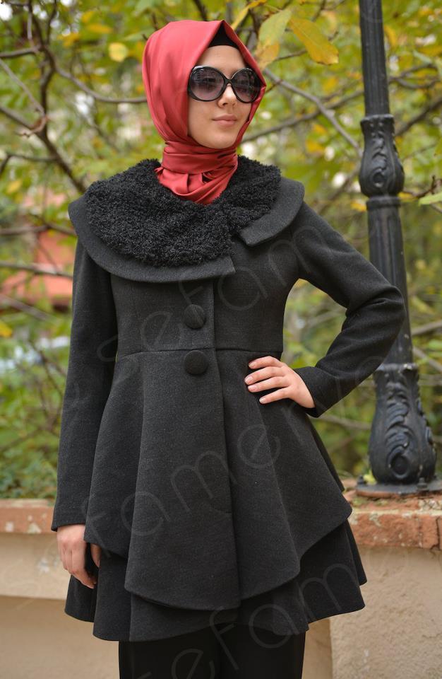Dounia Batma s'offre un nouveau look photos
