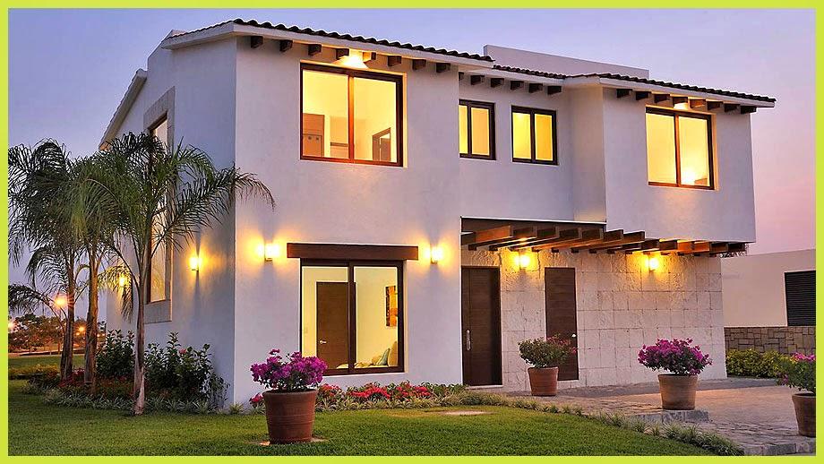 Fachadas de casas modernas hermosa fachada moderna en for Ingreso casas modernas