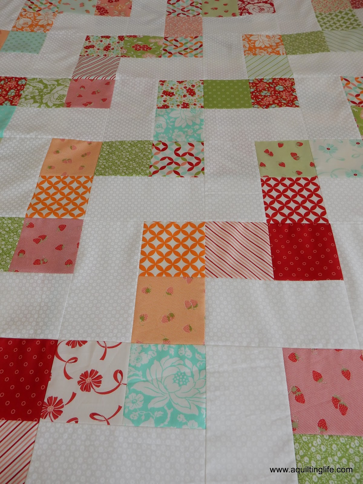 Simple Quilts Templates Quilt Kit : Simple Quilts: No Bake Jolly Bar Pattern A Quilting Life - a quilt blog