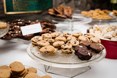 Wedding Cookie Bar and Favors l Lauren Lindley Photography l Hidden Valley Country Club l Take the Cake Event Planning