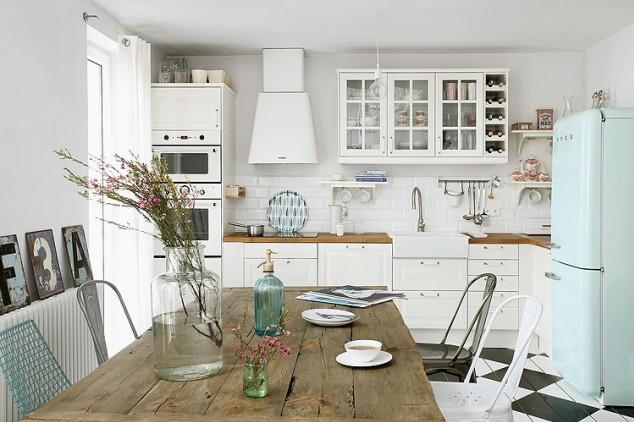 Cocina con toques turquesa
