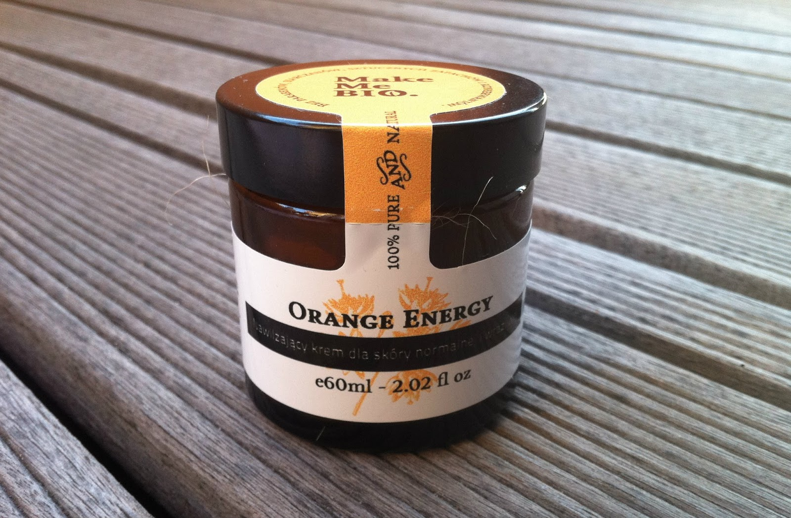 Pomarańczowe nawilżanie od Make Me Bio.