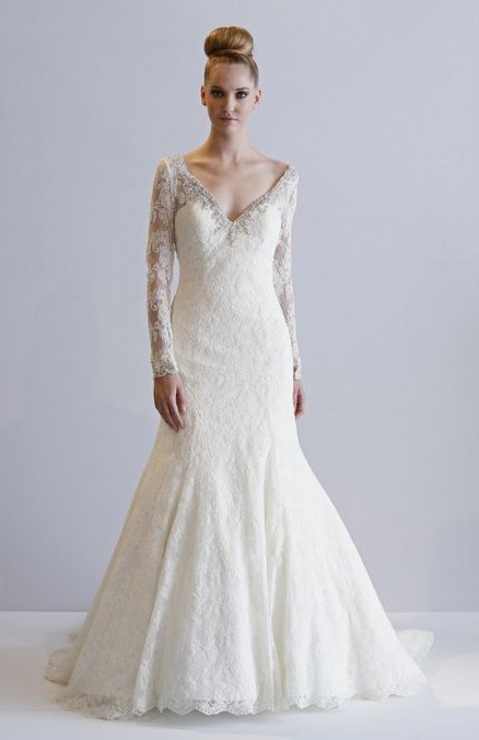 Lace wedding dresses with sleeves kleinfelds wedding for Kleinfeld wedding dresses with sleeves