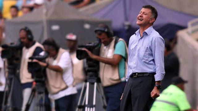 Osorio ficou incrédulo com o desperdício de jogadas e os gols sofridos pelo São Paulo no Rio