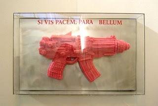 gum sculpture gun