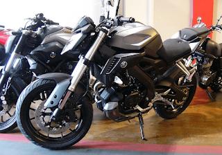 Sepeda motor sport premium MT-25 hadir dengan tiga keunggulan sesuai klaim Yamaha Indonesia sendiri, pertama desain pure street naked bike, high performance engine dan maneuverability aggressive handling.