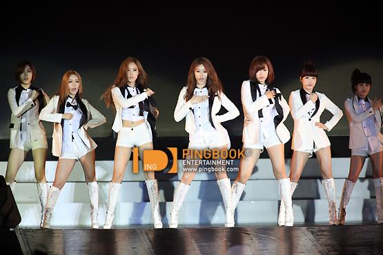 """T-ara >> Repackaged Album """"Funky Town"""" - Página 29 T-ara+concert+in+bangkok+thailand+june+3+%2863%29"""