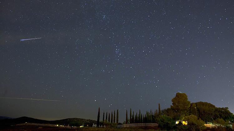 Los meteoros roban electrones a la atmósfera.
