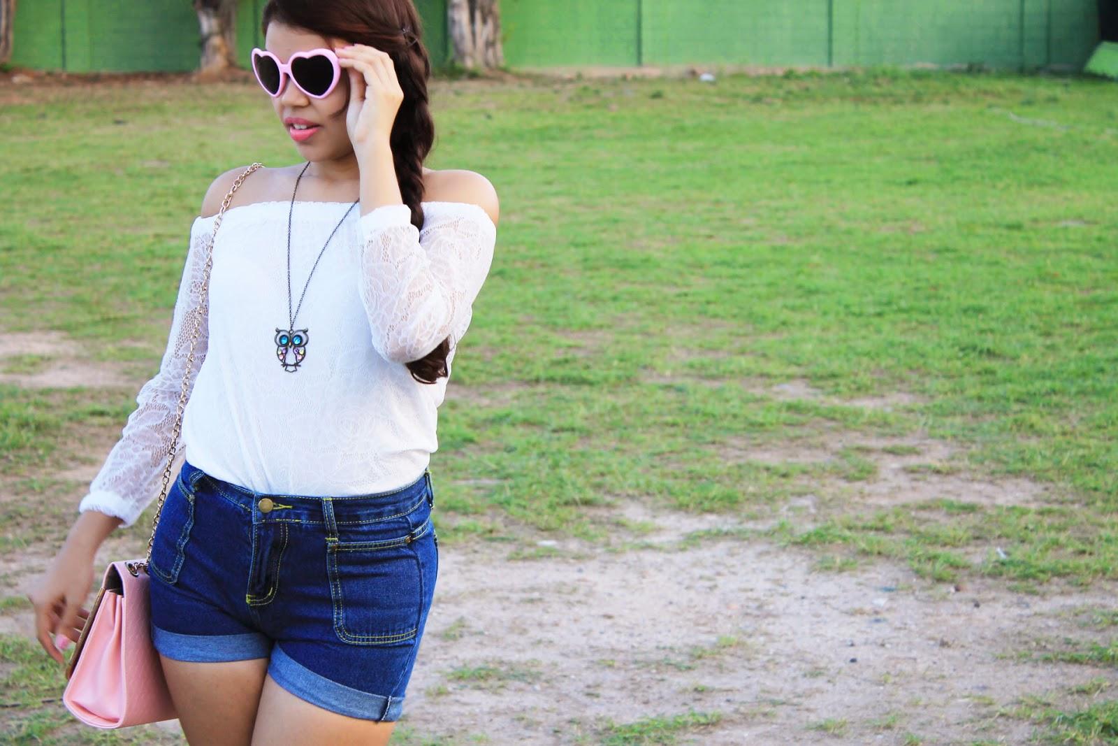óculos de coração, look primavera, look blusa ciganinha, look blusa branca e shorts jeans
