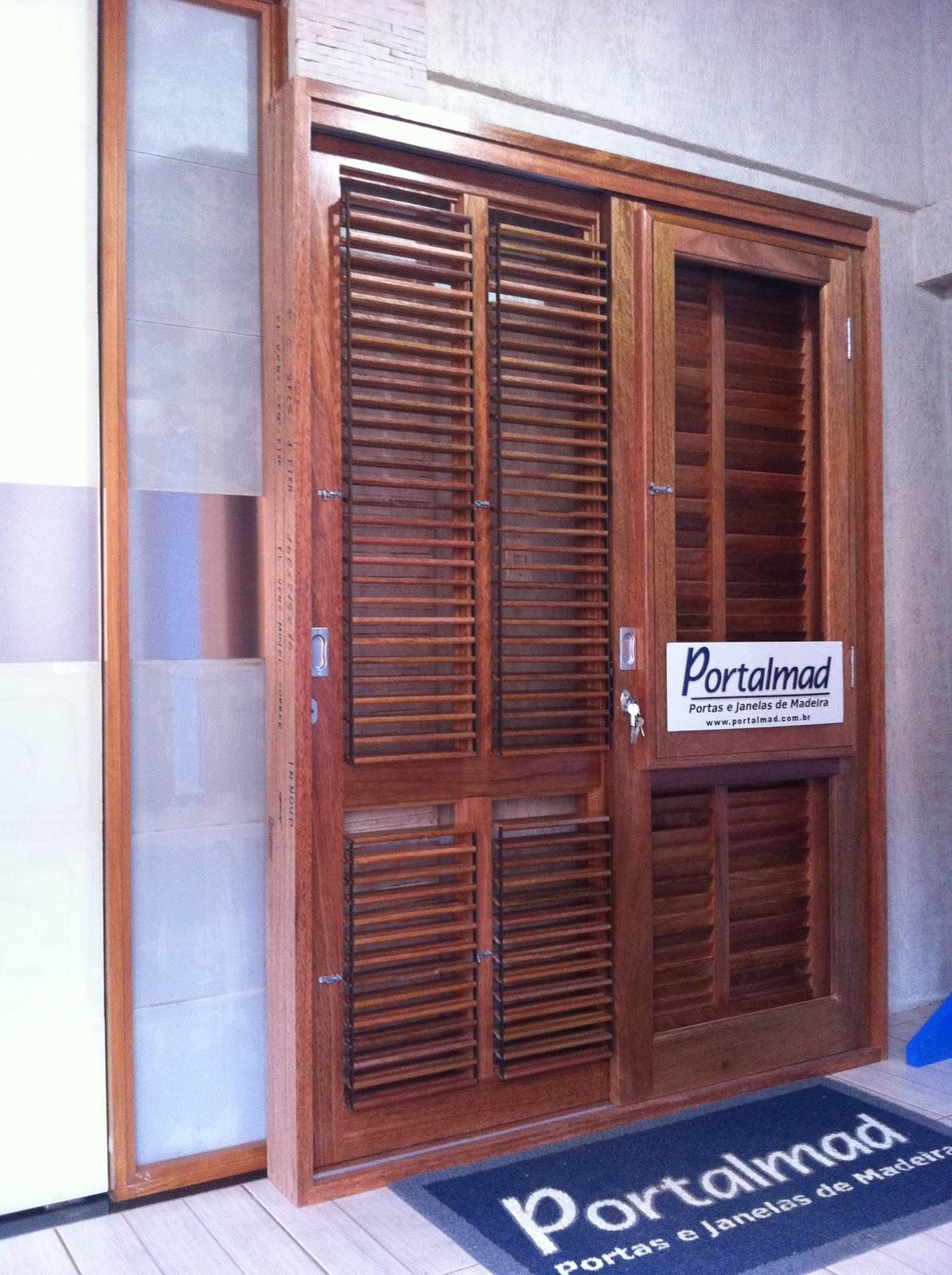 #2C3B6F Janelas soluções completas em esquadrias de madeira: Porta de  578 Janelas Em Madeira De Correr