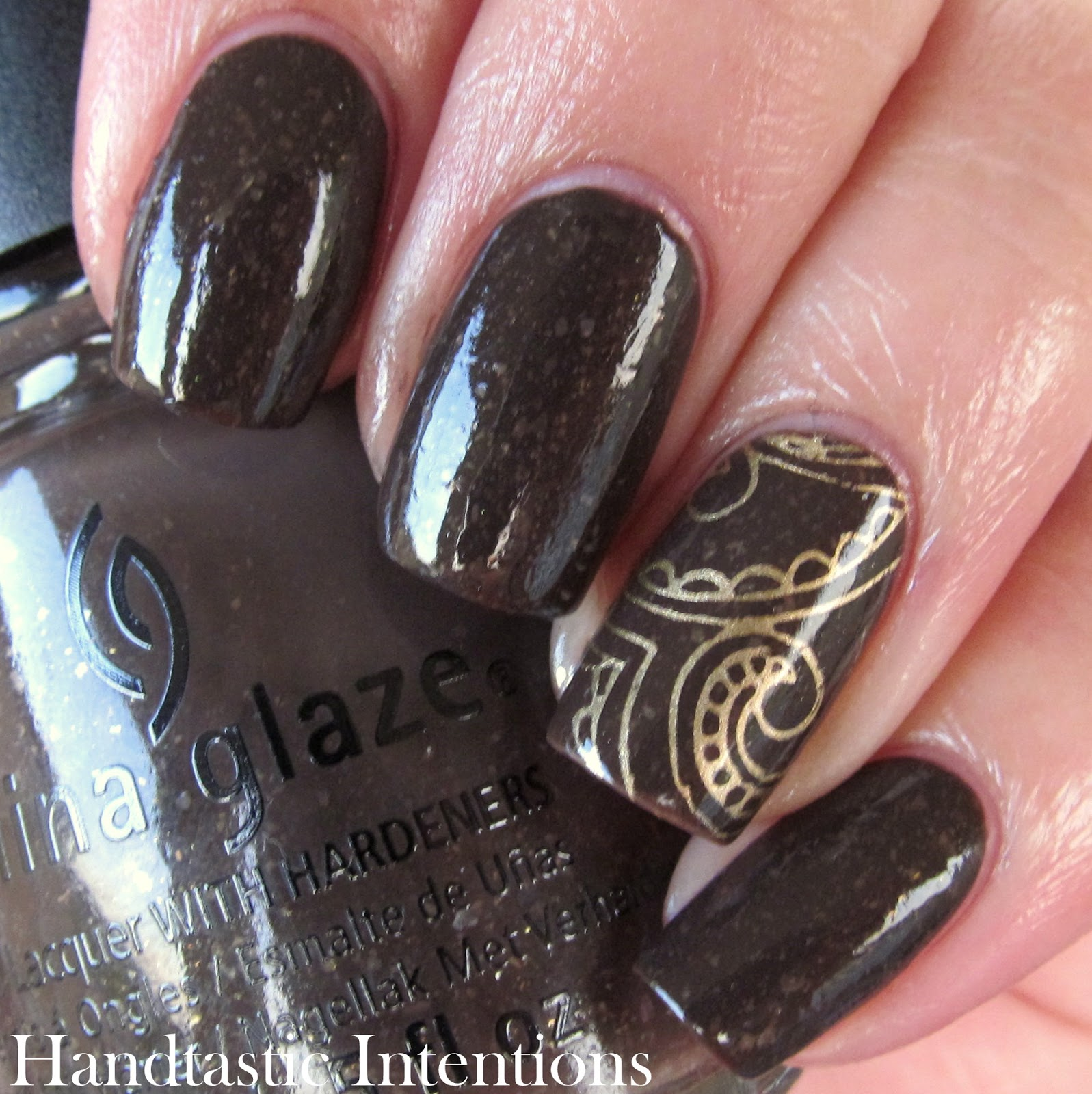 China-Glaze-Lug-Your-Designer-Baggage-Review