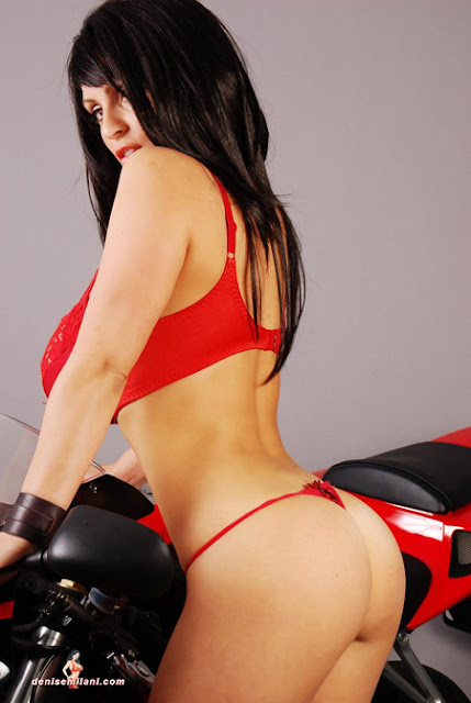 Super Model Denise Milani