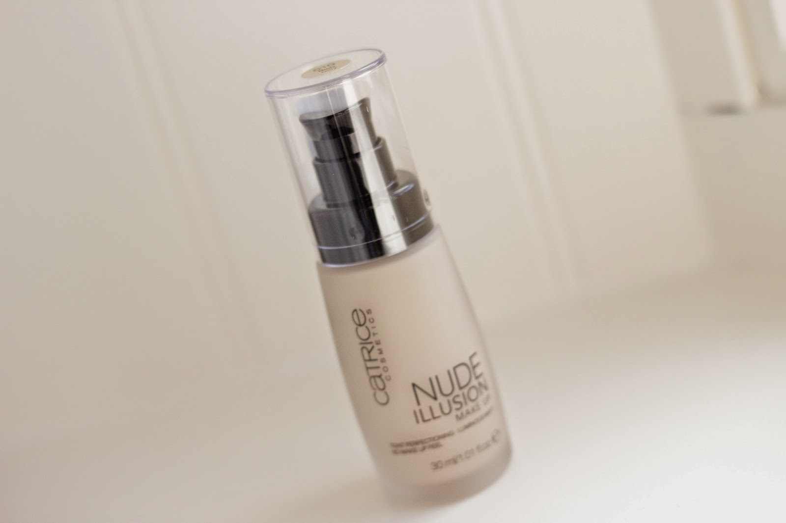 review catrice nude illusion foundation, catrice nude illusion foundation full face