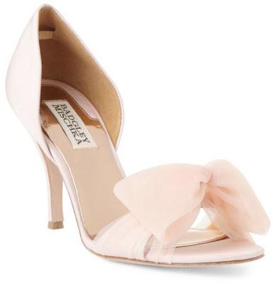 sapatos badgley mischka rosa com laço