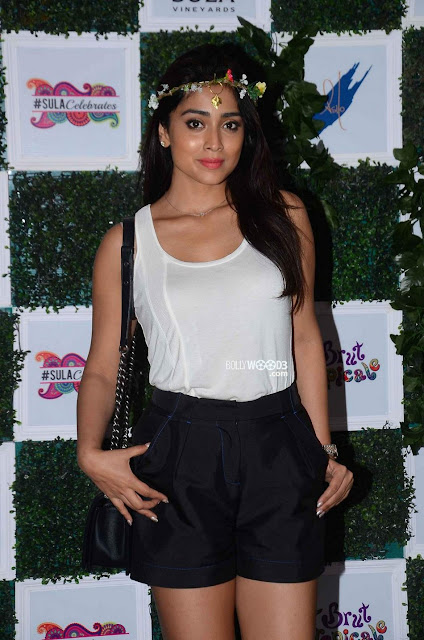 Shriya Sharan at Sula Wines bash on 25th Oct 2015.