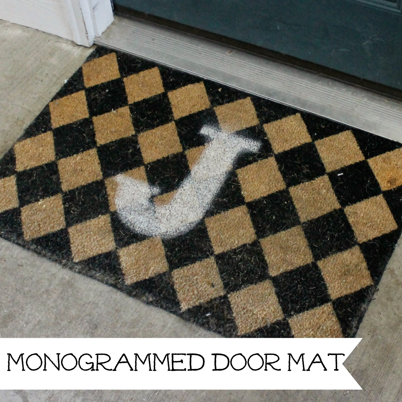 http://wonderfullymadebyleslie.blogspot.com/2014/04/painted-monogram-door-mat.html