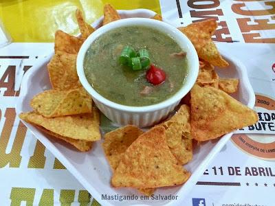 Bar do Luiz: Canarinho (Caldo Verde com Doritos)